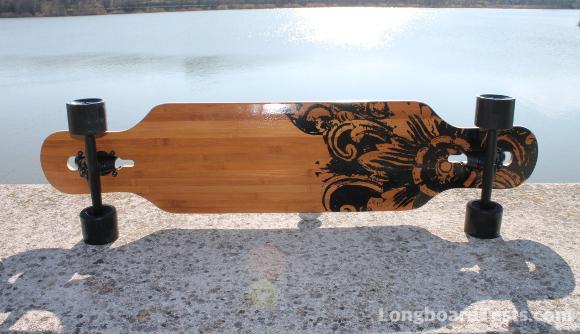 Jucker Hawaii New Hoku Longboard am See