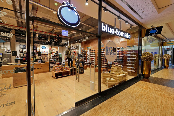 Blue Tomato Longboard Shop in Berlin